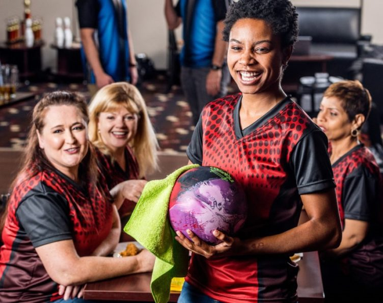 adult leagues | adult league bowling | competitive bowling leagues | casual bowling leagues | odyssey fun center | sheboygan, wi